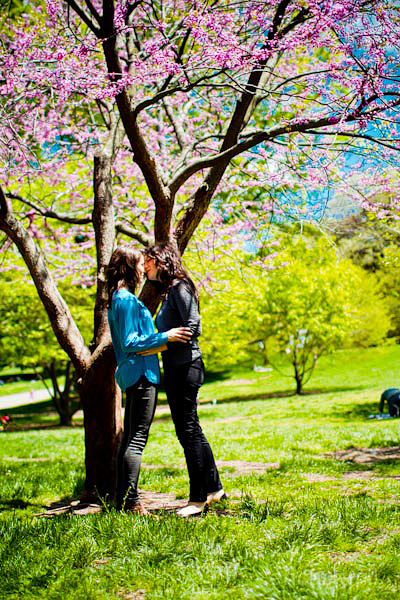 50711tiffanymereditheng009 Tiffany & Meredith Engagement Shoot | Prospect Park